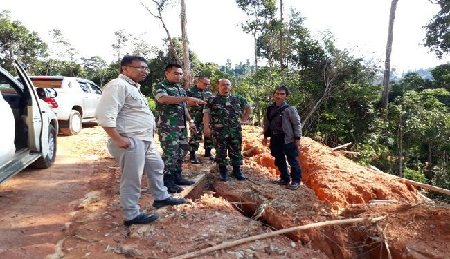 Construction Supervision of Indonesia-Malaysia Border Patrol Inspection Road 1