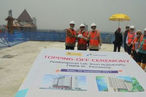 ToppingOff Ceremony of The Construction of Faculty of Mathematics  Natural Science UI Research Lab Building