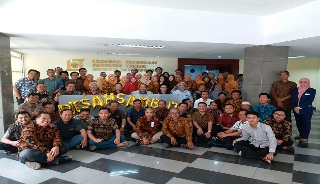 Farewell & Welcome Ceremony of The Director of Lemtek UI 2